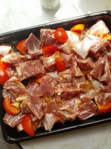 uncooked goat meat